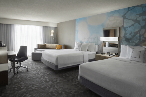 courtyard by marriott toronto kamer met 2 bedden.png