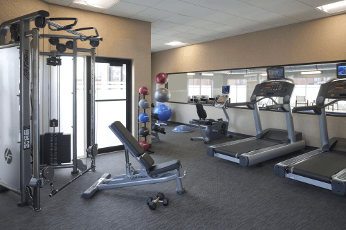 courtyard by marriott toronto fitness.png
