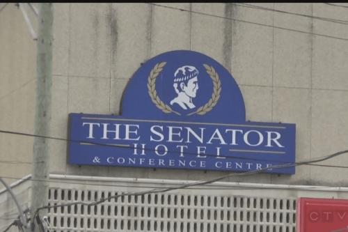 senator hotel buitenkant.png
