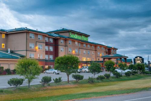 sandman hotel quesnel voorkant.png
