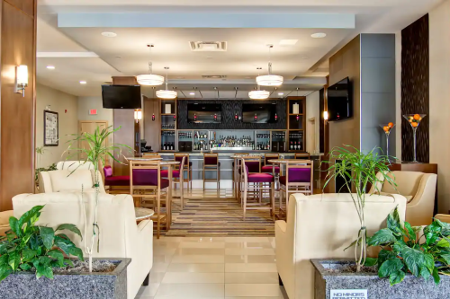 doubletree by hilton hotel kamloops bar.png