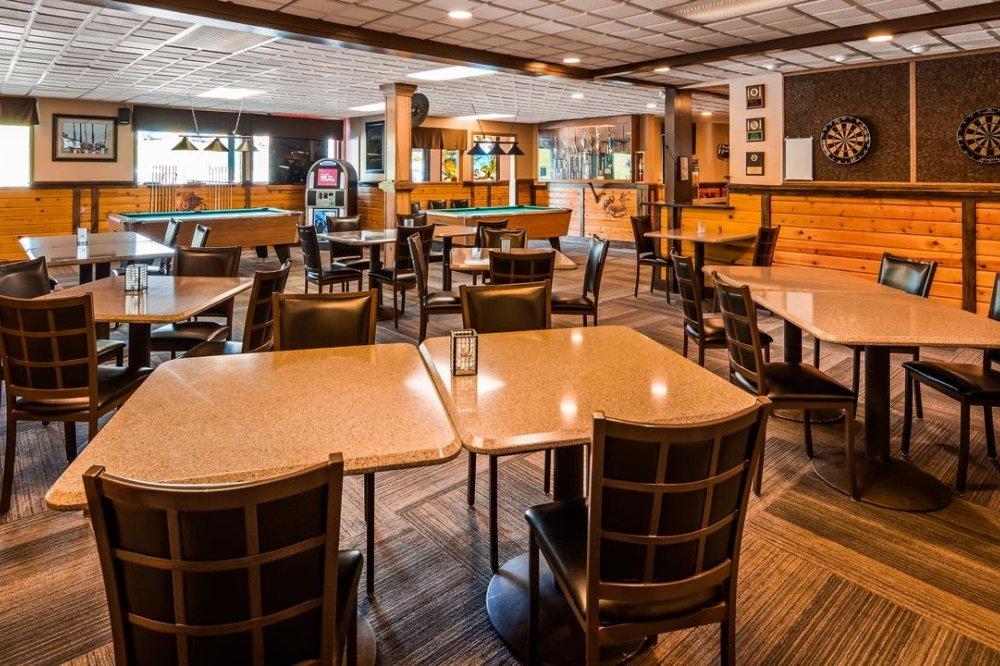best western bidarka restaurant.jpg
