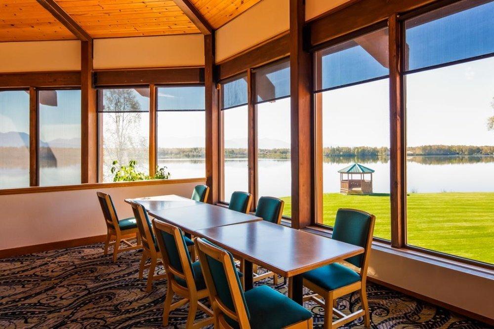 best western lake lucille uitzicht van binnen.jpg
