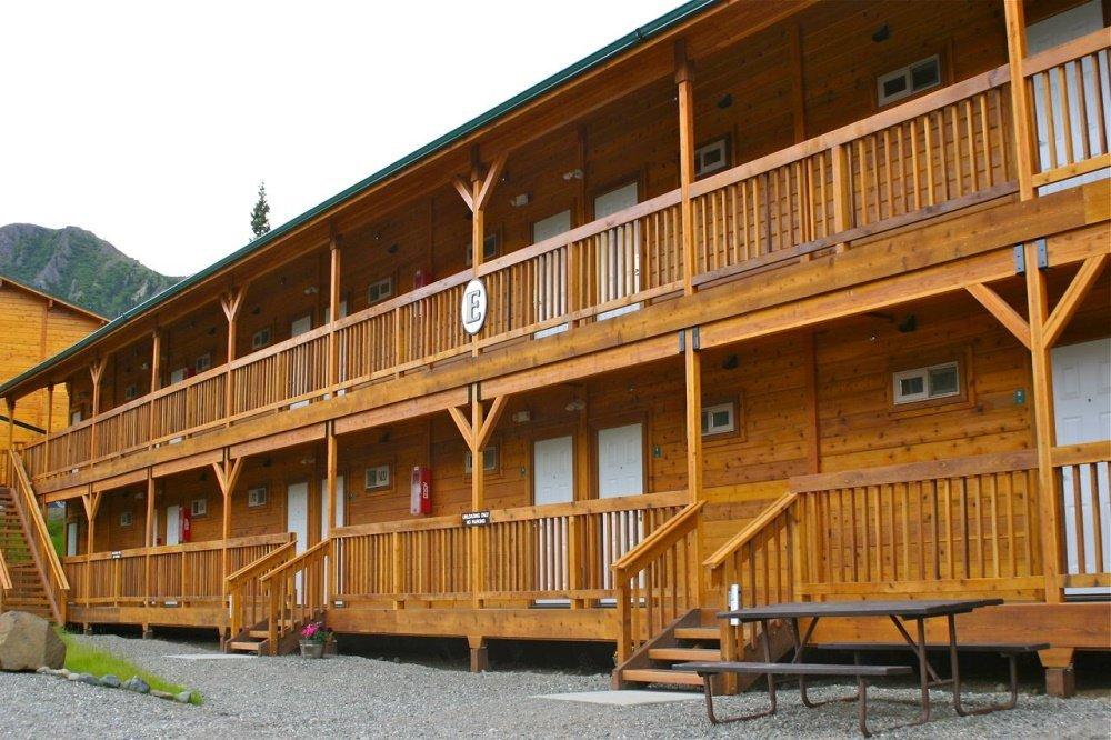 denali grizzly bear resort gebouw buitenkant.jpg