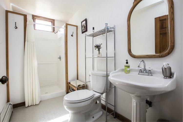 mccarthy lodge badkamer.jpg