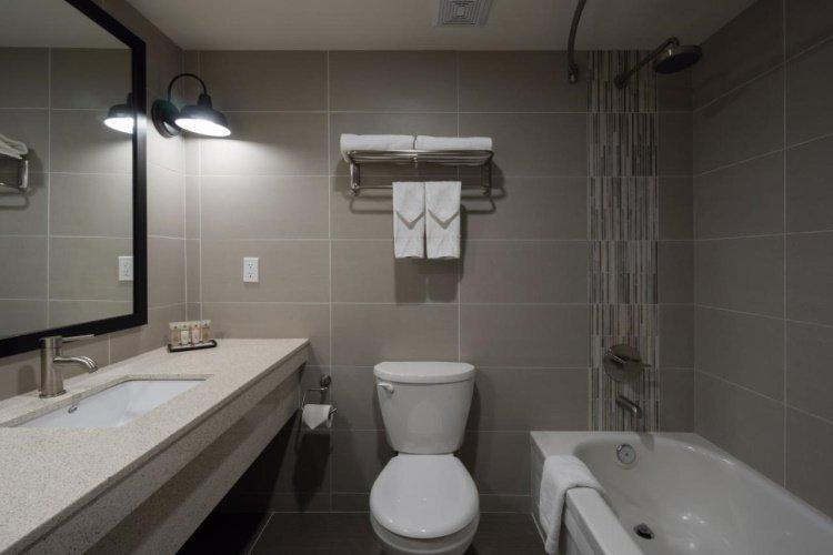 banff inn badkamer.jpg