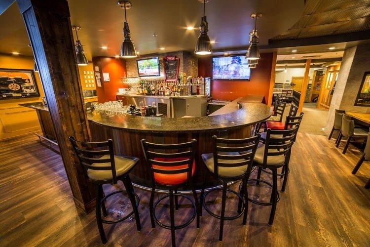prestige hudson bay lodge bar.jpg
