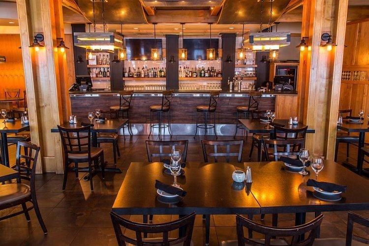prestige hudson bay lodge restaurant.jpg
