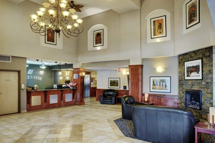 lakeview inns & suites - fort nelson receptie.jpg