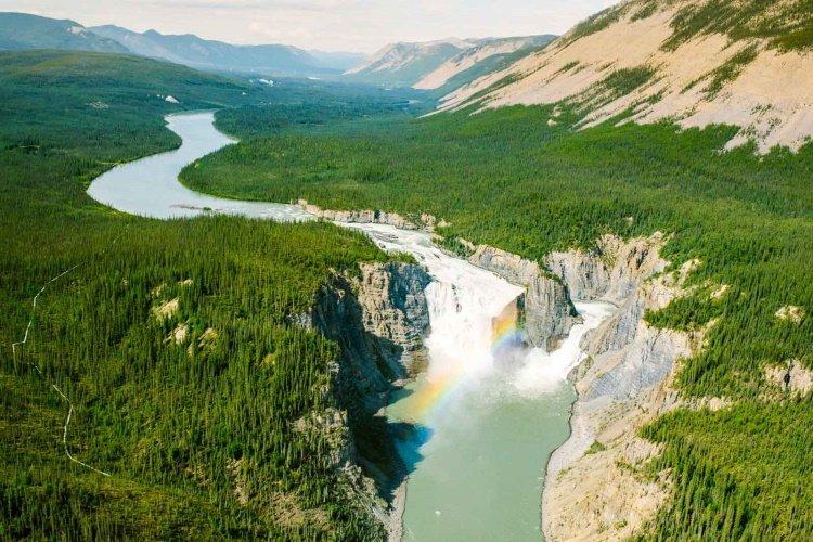 virginia falls 002.jpg