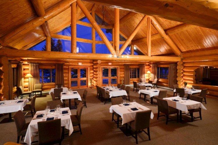 tyax lodge heliskiing restaurant.jpg