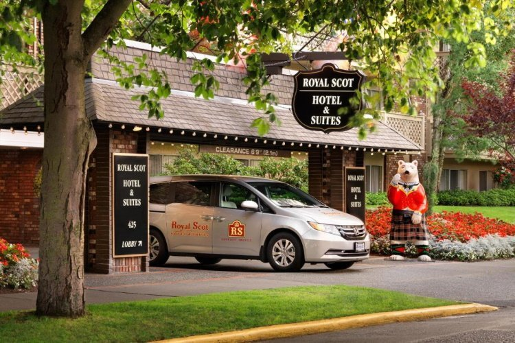royal scot hotel en suites voorkant.jpg