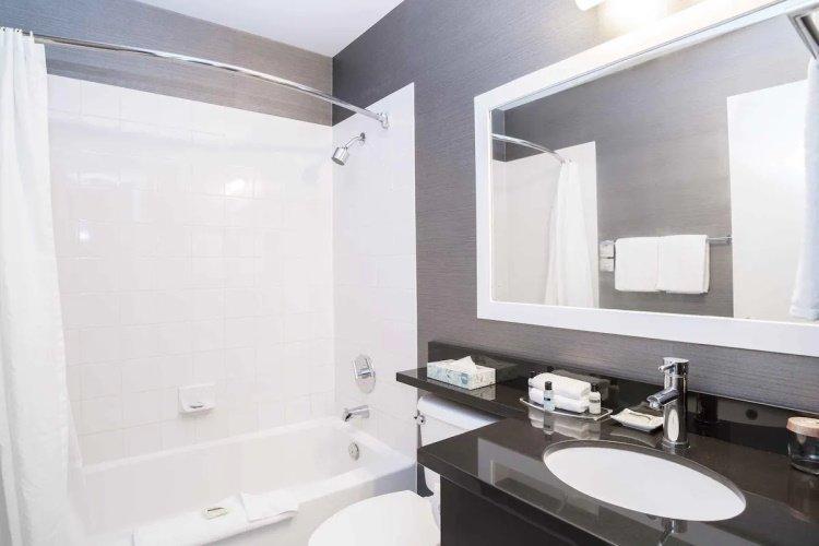 sandman inn & suites prince george badkamer.jpg
