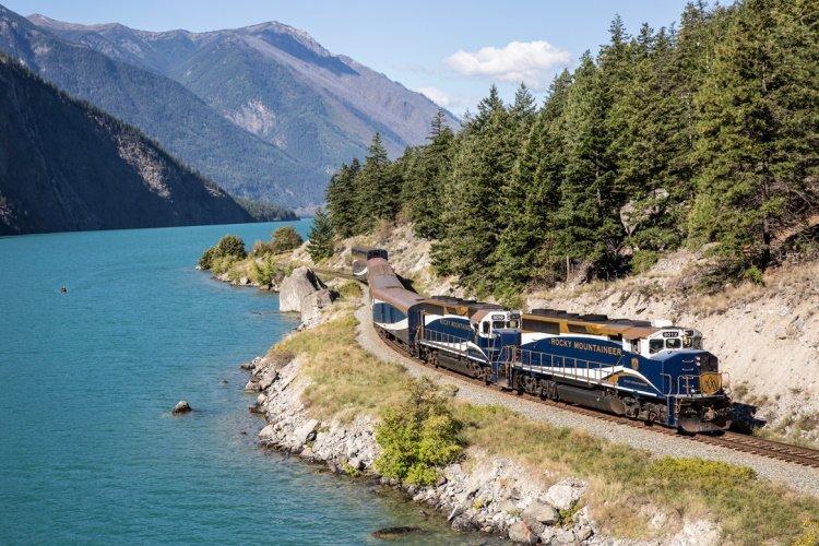 rm18_rgr_seton_train exterior.jpg