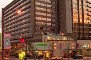 Sandman Hotel Vancouver City Centre 001