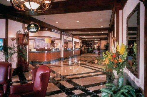DELTA CHELSEA HOTEL 002
