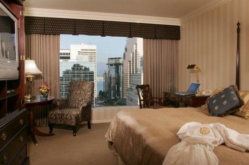 Sutton Place Hotel Vancouver 003