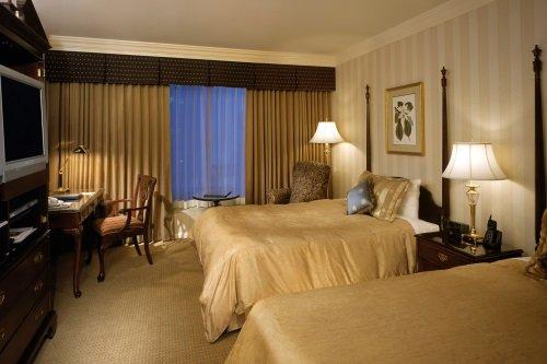 Sutton Place Hotel Vancouver 004