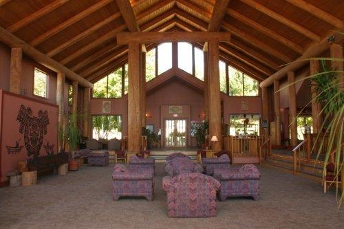 Tsa Kwa Luten Lodge 002