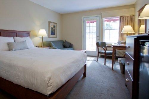 Amsterdam Inn & Suites Moncton 003
