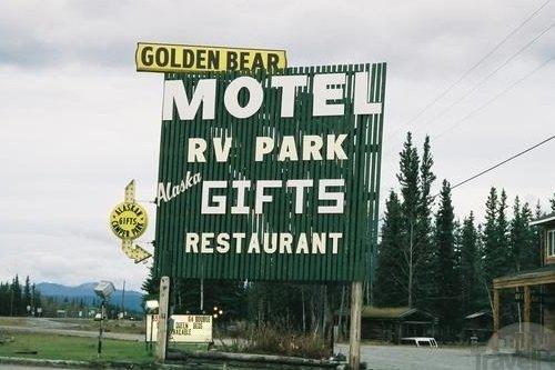 Golden Bear Motel 004