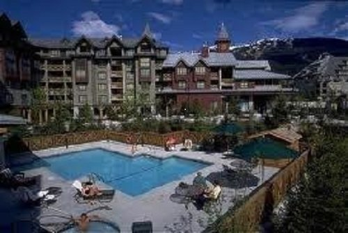 Delta Whistler Village Suites 1