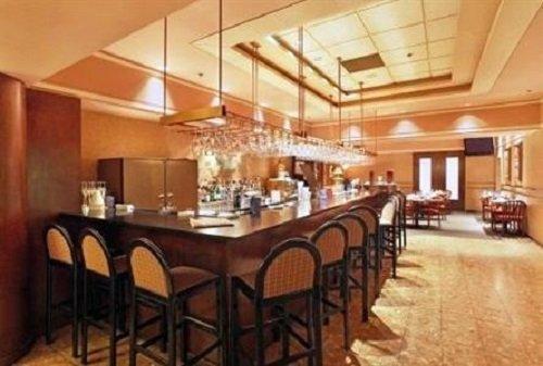 Hotel Gouverneur Place Dupuis bar