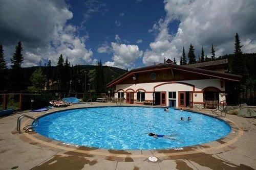Nancy Greenes Cahilty Lodge pool