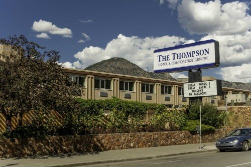 Thompson Hotel & Conference Centre buitenkant