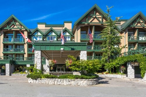 Pinnacle International Hotel Whistler buitenkant
