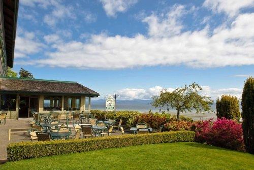 Quality Resort Bayside patio buiten