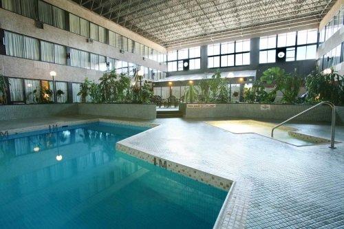 Sandman Hotel Penticton zwembad