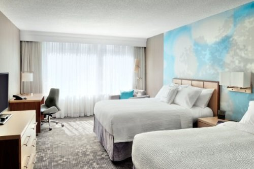 Courtyard by Marriott Toronto kamer