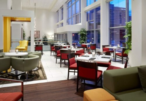 Delta Ottawa City Center lounge