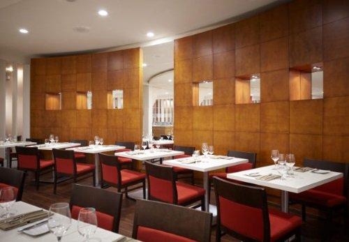 Delta Ottawa City Center restaurant