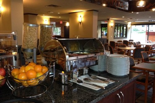The Embassy Inn ontbijtbuffet