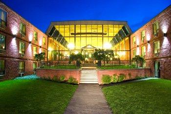 Best Western Highland Inn & Conference Centre 01.[2]