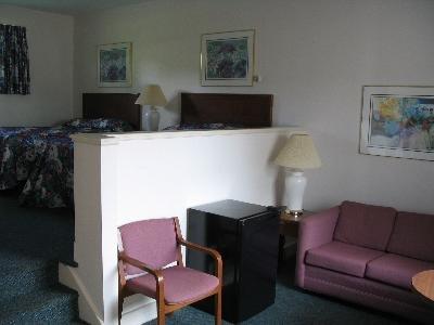 Coastal Inn 02.[1]