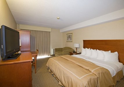 Comfort Inn Kitchener 03.[1]