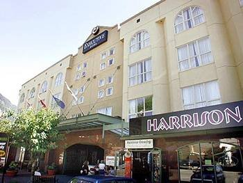 Executive Hotel Harrison Hot Springs 01.[1]