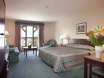 Executive Hotel Harrison Hot Springs 03.[1]