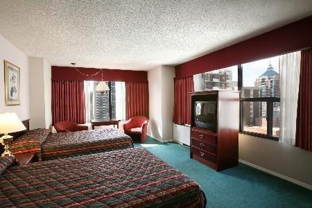 Sandman Hotel Calgary City Centre 03